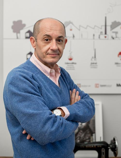 Equipo: Carlos de Lanzas Sánchez